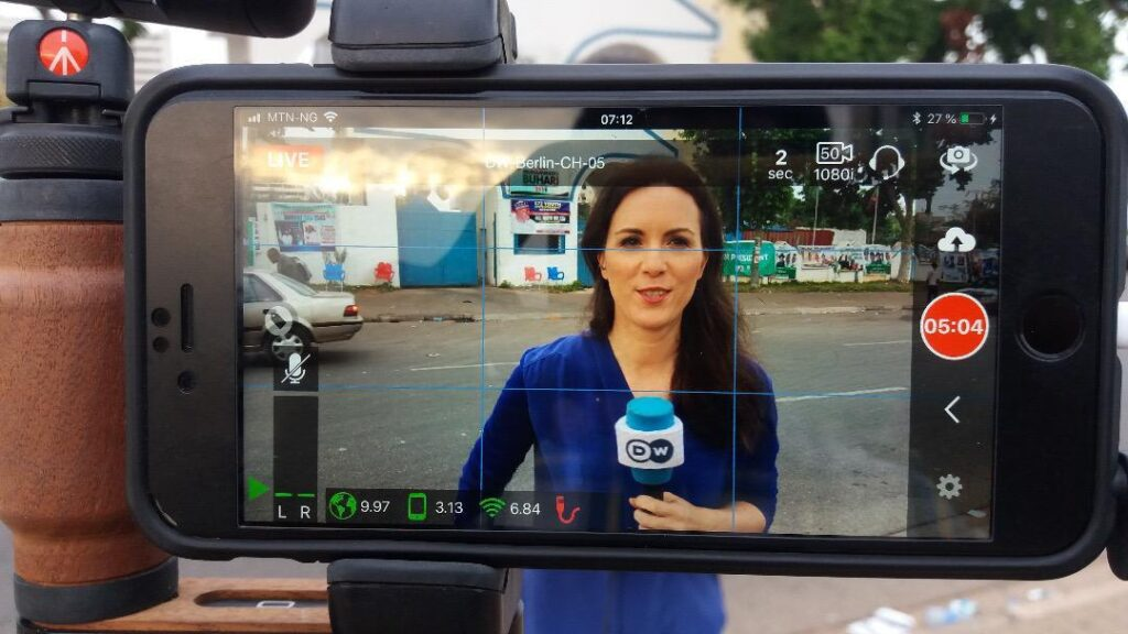 Deutsche Welle's reporters and correspondents increasingly turn to the LU-Smart app for smartphone-based live coverage as the COVID-19 pandemic continues